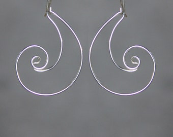 Rococo scroll shell wave hoop silver wiring earring handmade US free shipping Anni Designs