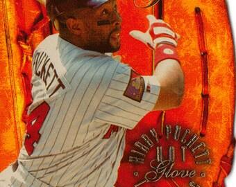 1994 Flair Baseball Card, Kirby Puckett, Minnesota Twins, Hot Glove Insert 7 of 10