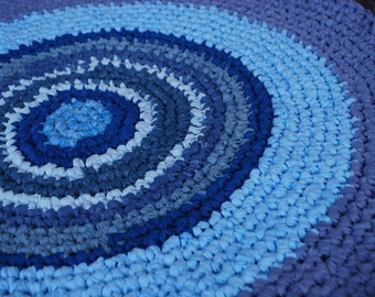 Blue handmade circle rug