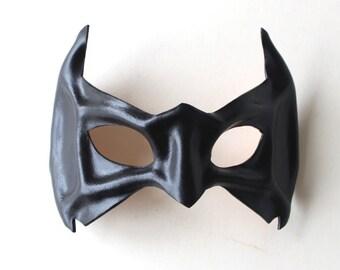 Sculptured Black Leather Superhero Robin BatMan Nightwing Eye Mask