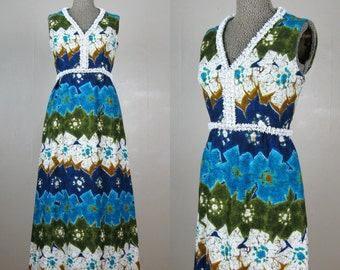 Vintage 1960s HAWAIIAN Dress 60s Luau Cotton Maxi Dress with Opulent Beaded Neckline Size S