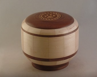 Maple Pet Urn # R625-46