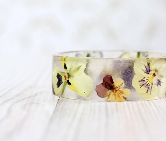 Pansy Flowers bracelet - Epoxy resin bracelet - Purple flower viola Bracelet