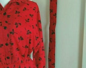 Vintage American Shirtdress Dress. Red Novelty Print 80's does 50's Shirtwaist Dress with Matching Belt.