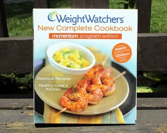 Vintage Weight Watchers Cookbook, 500 Delicious and Healthy Recipes, Large Book
