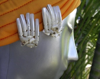 20%OFF Vintage 1960's Large Unusual Mother of Pearl Earrings,  MOP Earrings, Gold Filigree Clip