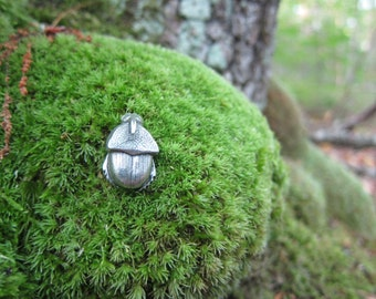 Dung Beetle Lapel Pin - CC318- Beetle, Insect, and Bug Pins
