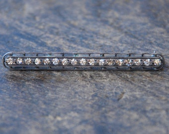 Vintage Paste and Sterling Silver Bar Brooch Pin Clear Round Rhinestones Filigree Art Deco Retro Late 1930's // Vintage Jewelry