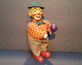 Rare Vintage Clown Wind Up Tin Toy Plays Moracca