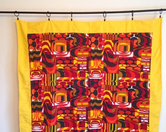 Vintage Tablecloth, Mod Fabric Tablecloth, Geometric 1970s Fabric