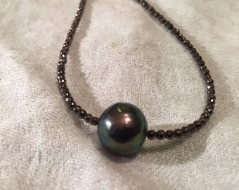 9mm Black pearl and hematite 17 inches necklace
