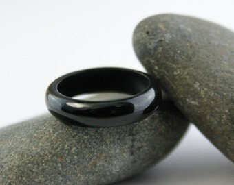 Solid Black Nephrite Jade Ring - Comfort Fit - Carved Jade Ring