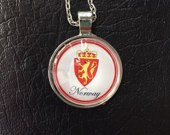 Norway's Coat of Arms Cabochon Necklace