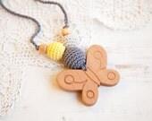 BLACK FRIDAY SALE Pretty Butterfly Nursing necklace - teething toy - Babywearing - breastfeeding -  beech pendant