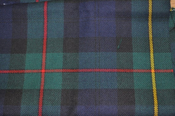 Macewan Modern Tartan Fabric 100 10oz Pure New Wool