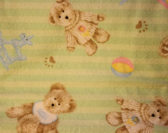 Burp Cloth,green, girl bear