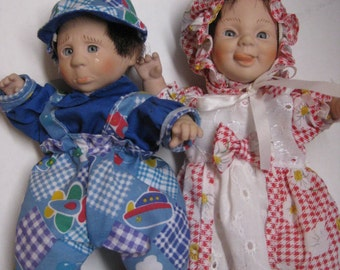 "Vintage GI-GO Expression Dolls, Boy and Girl , 8"" Palm Pals, Bean Bag Dolls"