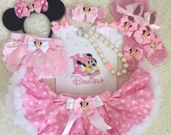 5pc-Minnie mouse Inspired baby Pink Birthday outfit- includes Personalised Top,super fluffy Skirt,Hair accessory,shoes,bloomer