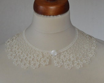 Ecru Peter Pan Collar, Ecru Detachable Collar and  button,  Cotton, Lace Collar, Lace Necklace, Detachable Collar Necklace, gift for her