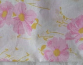 Groovy King Size Pillowcase Free Shipping Vintage Linens Pink Yellow White Floral Bedding Pillow Percale