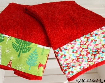 Christmas Bathroom Hand Towels, Set of 2