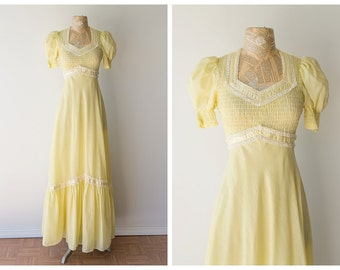 Vintage 1970's Cotton Maxi Dress - Pastel Yellow Maxi Gown - Empire Waist Gown with Cap Sleeves - Size Small