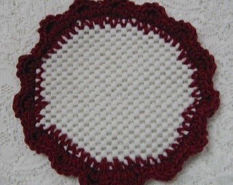 Crocheted Lid Jar Bottle Opener Burgundy Scalloped Edging Jar Grabber
