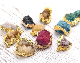 Green, Druzy Quartz Gemstone Connector, Gold Dipped, 1 piece // GC-400