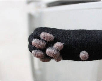 Cat hand paw Magnet - Black - needle felted wool, magnet