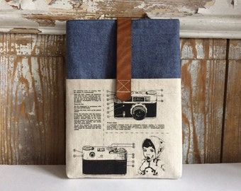 "12 inch MacBook sleeve ""Camera"""
