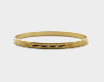 Gold Etched Bangle - BR003