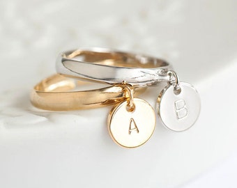 Tiny Initial Letter Round Disc Dangle Charm Ring, Gold / Silver, Adjustable Band, Bridesmaid Wedding Sister Girlfriend Jewelry, ij gj wj