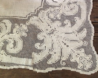 Linen Lace Tablecloth 1940s Ecru Rustic Oyster Cream Large Size