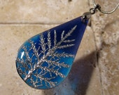 Stair Step Moss (Hylocomium splendens) teardrop Necklace, woodland, bryophyte, plant jewellery, nature jewelry,  blue, Silver plated chain
