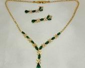 Vintage Necklace Earring Set Emerald Green Rhinestone signed NY