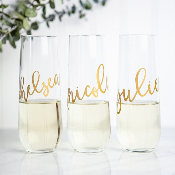 ... ,Bridesmaid Gift, Bridal Party Gifts,Wedding Wine Glasses, Engraved