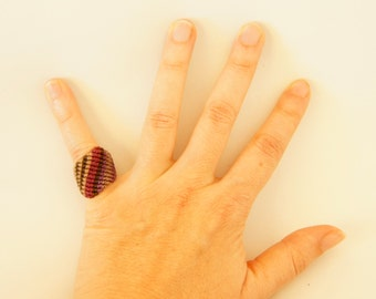 macrame ring · textile ring · micromacramé ring · sensitive skin ring · shades of purple ring · comfortable ring · macrame jewelry