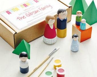 Peg Doll Kit - Family of 5 - Kids craft kit, DIY Craft Kit - Personalised Wooden Doll Family Kit