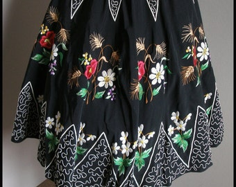 Vintage Circle Skirt Embroidered Skirt Grosgrain Skirt