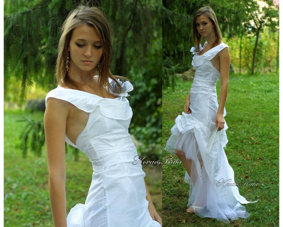 Sexy Romantic Alternative Backless White Wedding Dress with Whimsical Train - Timea.
