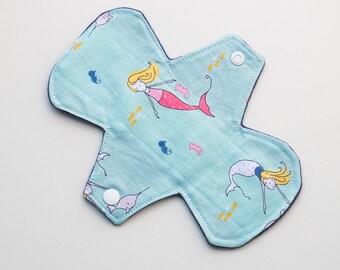 "Mermaids Baby Seahorse Narwhal Turtles - 7"" Light Flow Pantyliner - Ultra thin Trim"