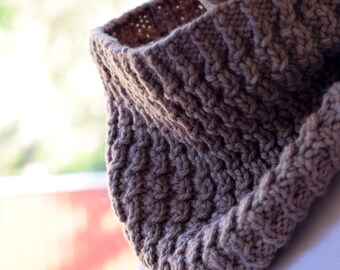 Textured Rib Knit Cowl Pattern - ARALUEN COWL Knitting Pattern PDF - Digital Download