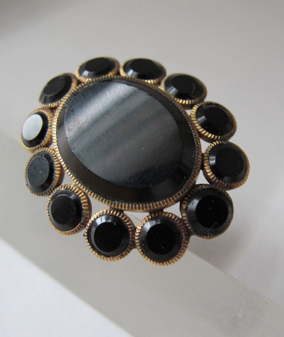 civil war era mourning brooch pin beautiful old pins