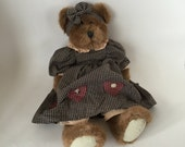 "Boyd's Bear / Vintage Girl Boyd's Bear w/Gingham Dress & Bow 13.5"" circa 1985-95 Good condition"