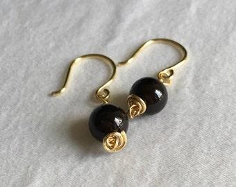 Dark Garnet Drop Earrings //Deep Red Drop Earrings //  Garnet and Gold Earrings // Red and Gold Earrings // Red Gemstone Earrings // January