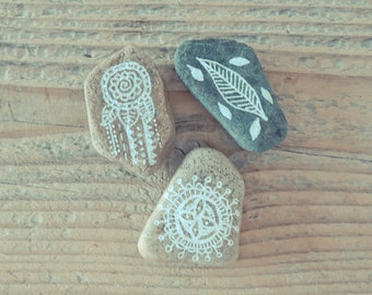 Handpainted rocks - set of 3