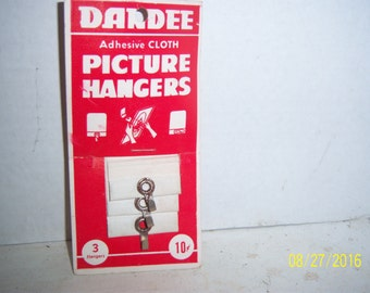 1960's Dandee Cloth Picture Hangers EH Tate Boston, Mass Painting Photography