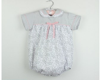Bubble romper -  Short sleeve  Grey and pink pique romper, Peter pan collar