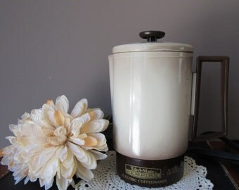 Vintage Travl Mate by Empire Electric Percolator Coffeemaker 4 cup  Travel Mate Coffee Maker Tan Brown Ombre