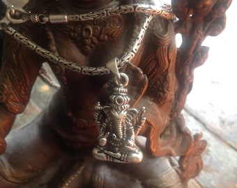 Beautifully detailed Ganesh Sterling Silver pendant and thick hand-made chain